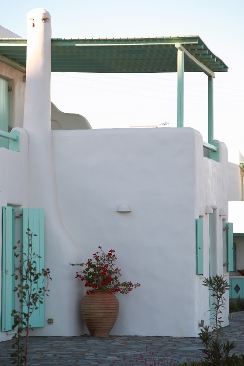 paros luxury hotels